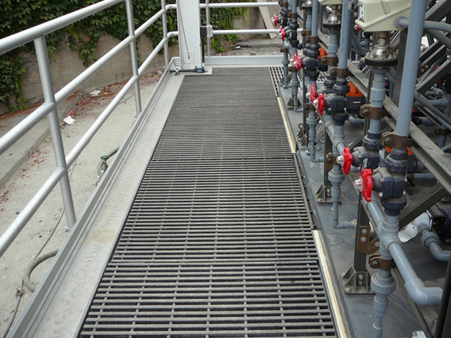 Fiber Glass Reinforced Plastic Pultruded Grating in Wastewater Treatment Facility