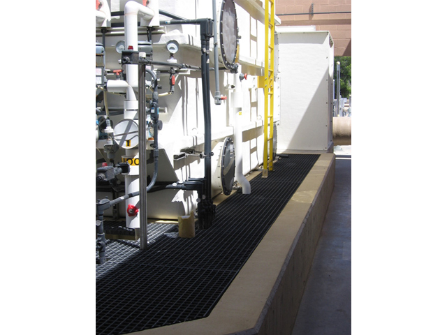 Fiber Glass Reinforced Plastic Molded Grating in Wastewater Treatment Facility